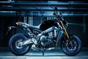 ヤマハ「MT-09 ABS」に2輪用タイヤ「BATTLAX HYPERSPORT S22」を新車装着