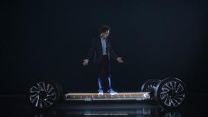 GMが電気自動車の大規模導入を加速、核となるのは最大450マイルの航続距離を実現する「アルティウム」バッテリーシステム