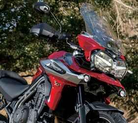 トライアンフのアドベンチャーバイク「タイガー」の頂点に君臨する1200シリーズの魅力とは? TRIUMPH TIGER1200 XRT【試乗インプレ・車両解説 2020】