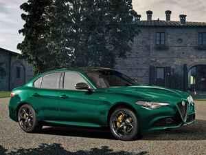アルファロメオ ジュリアに特別なグリーンのボディカラーが映える限定車「ヴェローチェ ヴィスコンティ エディション」を発売