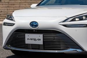トヨタが世界を牽引!!  ホントのとこ、水素燃料はどこがスゴい? トヨタ「MIRAI」に見る、脱炭素化の未来!