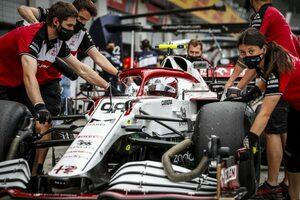 F1、ルーキードライバーの金曜起用を義務化へ。若手にチャンスを与えるため2022年一部グランプリで実施の計画