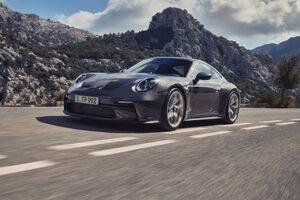 ポルシェ、新型911 GT3ツーリングパッケージの予約開始。控えめな外観の高性能アスリート