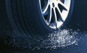 高速道路の事故原因1位はタイヤトラブル!おさえておきたい空気圧調整のポイント