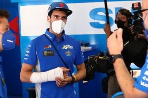 """【MotoGP】アレックス・リンス、""""ながらスマホ""""原因で転倒骨折と告白。ドイツGPで早くも復帰へ"""