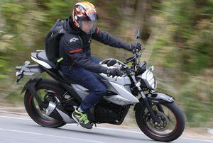 150ccバイクのメリットを解説! 原付二種にプラス25ccで行動範囲は数倍に|スズキ「ジクサー150」ツーリング・インプレ