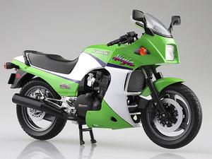 「ニンジャ」と言えばこれ! アオシマから「1/12 完成品バイク KAWASAKI GPZ900R」が2021年5月発売予定