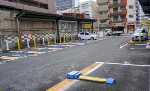 ドライバーが時間貸駐車場を探す方法TOP3、3位目視、2位カーナビ、1位は?