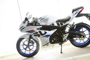 原付二種/125ccは力技で誤魔化せない…… だから『スムーズ』を大型バイクの3倍くらい大切に!【SUZUKI GSX-R125 修行インプレ 後編】