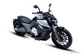BENDA Motorcycles「LFC700」発表 未来的なスタイルの新型クルーザー登場