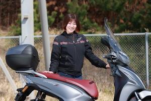 イメージは仕事のできるビジネスマン! キムコの原二スクーター「Tersely S 125」は大人の時間を自由にしてくれるモデル