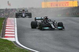 """ハミルトン、タイヤ無交換を目指したのには価値があった? メルセデス代表「3位を目指した""""賭け""""だった」"""