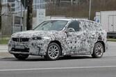 【スクープ】BMW X1次世代モデルはフルEVモデルを開発中!? 強力なデュアルモーターAWDも準備!