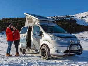 日産が「eーNV200 ウインターキャンパーコンセプト」をヨーロッパで公開。冬のアウトドアを充実させるカスタムカー