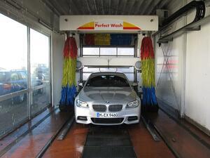 「ニッポンは洗車天国」だけどそれでいい? アメリカやドイツで自由に洗車ができないワケ
