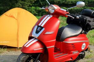 プジョーのジャンゴでキャンプをしたよ。おしゃれスクーターはツーリングもイケイケなすごいバイクだった!