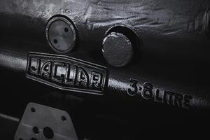 【半世紀ぶり】ジャガー、XKエンジンの生産再開 クラシックカー向けに