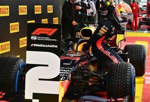 フェルスタッペン、最後に悔しいスピン「完璧でもルイスには届かなかった」レッドブル・ホンダ【F1第2戦予選】