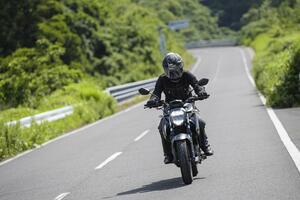 """《後編》燃費も良いし、航続距離もけっこうある。スズキの新型ネイキッド『ジクサー250』はツーリングも快適な""""万能250ccバイク""""かも?【SUZUKI GIXXER 250/試乗インプレ(3)】"""