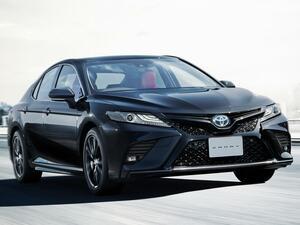 トヨタ カムリに特別仕様車「WSブラックエディション」追加。同時に安全装備の標準化など一部改良も
