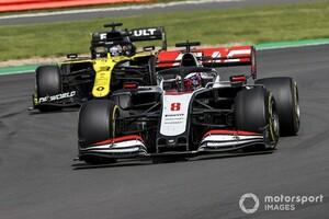 """グロージャンの動きは""""グレー""""か""""黒""""か? リカルドがF1 70周年記念GPのドライバーズミーティングで提言へ"""