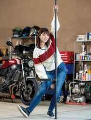 夢のガレージ気分はこれで味わえる!? おしゃれなバイク用品置き場を作ろう! ドッペルギャンガー「ガレージ ワンポールラック」
