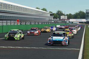 『TCRヨーロッパ SIM Racing』第5戦、最終ラップの通信遮断でナジー連勝は幻に。アズコナが初優勝