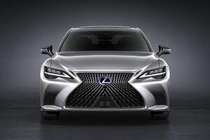 レクサスLSのマイナーチェンジモデルが世界初公開。最新の高度運転支援技術「Lexus Teammate」を採用