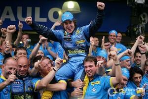 """ルノーF1、アロンソ起用は""""自然な選択""""「彼がチームに""""勝利の文化""""をもたらす」"""