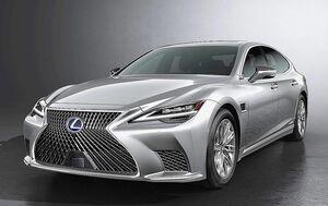 トヨタ、マイナーチェンジしたレクサス「LS」公開 最新の運転支援技術「レクサス・チームメイト」搭載