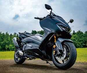 ヤマハ「TMAX560 TECH MAX」530から560に進化し、走行性能と装備はどう変わったのか?【試乗インプレ・車両解説】(2020年)