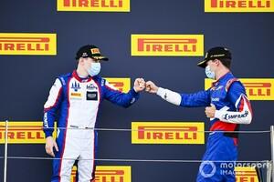 FIA F3シルバーストン戦レース2でトップチェッカーのスモリャル、蛇行によるペナルティで6位降格。ベックマンが繰り上げ優勝