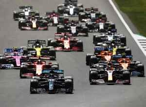 F1第4戦イギリスGP、ハミルトンが3連勝。最終周にまさかのドラマ、フェルスタッペン逆転勝利ならず【モータースポーツ】