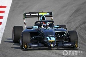 F3バルセロナ:ヒューズが逆転でレース1優勝。ポイントリーダーのサージェントが3位