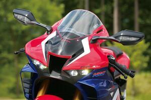 ホンダ「CBR1000RR-R FIREBLADE SP」各部装備を解説! 最新スーパースポーツのディテールを一気見せ!