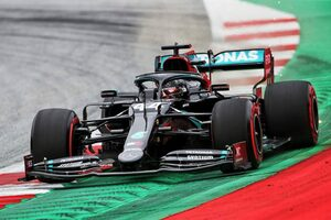 F1オーストリアGP FP1:王者ハミルトンが首位発進。レッドブル・ホンダ勢はフェルスタッペンが3番手