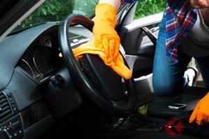 新型コロナ対策で車の除菌はどうする? トヨタ流洗浄方法とは