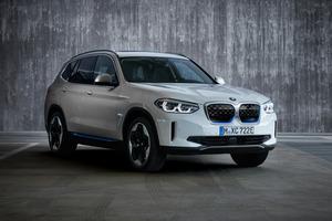 BMWの最新EV、iX3に見る「BMWらしさ」とは。渡辺慎太郎が本国エンジニアに訊く