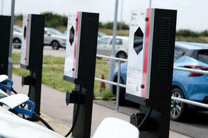 【資源/コスト リーフで節約】日産 大規模なV2G(双方向充電)のテストを開始 イギリスで