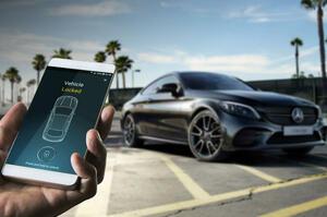 【スマホで、愛車をアップデート】M・ベンツ 車載アプリの新プラットフォーム発表 40の市場で提供へ