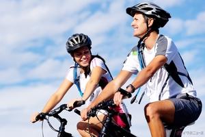 海外自転車用ヘルメットメーカーの商品を数点ご紹介!