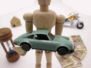 「旧車趣味人」だけじゃなく「高齢者」も泣く! 13年落ちで税金爆上がりの「旧車イジメ」の非情さと無意味っぷり
