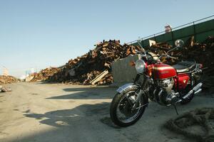 ホンダ「CB750Four(K0)」歴史解説&試乗インプレ|日本のビッグバイクの歴史はすべてここから始まった