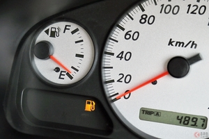 「まさかのピンチ!」 渋滞中にガス欠… 高速道路でどう対処する?