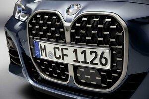 史上最大のデカ鼻キドニーグリル!? 新型BMW4シリーズクーペ初公開!