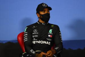 【気になる一言】記者が機転を利かせるも、ハミルトンが逆質問「フェラーリは何位だったの?」