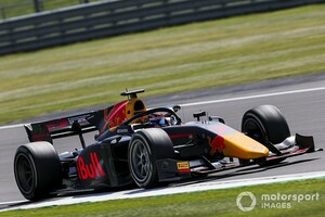 FIA F2シルバーストン:レース1はマゼピンが初優勝。角田は抜群のタイヤマネジメントで9番手スタートから3位表彰台!