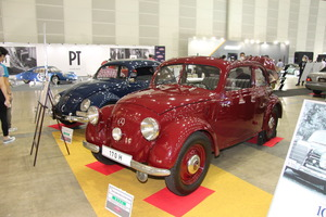 「和製チャーチル号」や「カーカプセル」! ヤナセブースのイベント展示車両が一般客にも面白すぎる