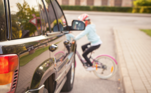 歩行中の交通事故死で最も多いのは7歳児、原因のひとつに「子どもの上下左右の視野は大人の70%程度」