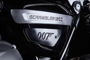 「トライアンフ」×「007」ジェームズ・ボンドモデル登場 日本は限定20台!